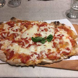 La locanda di Pietro pizza