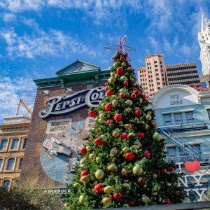 Hotel New York New York v Las Vegas a Vánoční strom